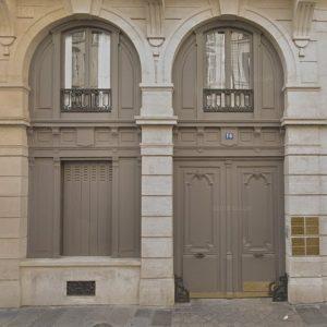 Photo de l'entrée du siège de Creansoft et de l'adec, 14 Rue de Bruxelles, 75009 Paris